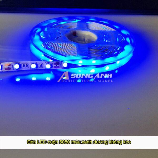 Đèn LED cuộn 5050 màu xanh dương không keo